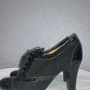 Enzo Angiolini Lace with booties suede black